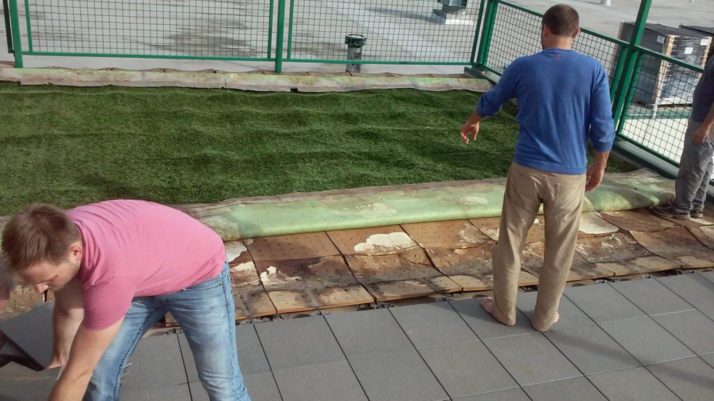 The original test installation used waterproof medium density fiberboard panels (Medex) as an underlayment to support the synthetic turf.